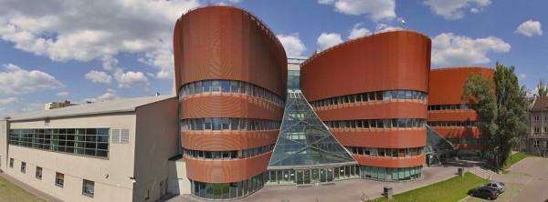 Высшая менеджерская школа в Варшаве